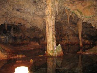 Tropfsteinhöhle bei Pyrgos Dirou